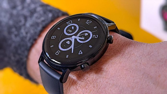 WT2 Smart Watch Review